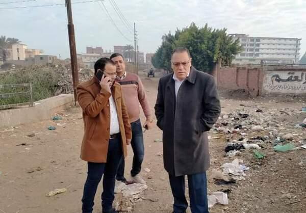 محافظ الشرقية يأمر بتطهير مصرف إكوه المار بطريق القنايات أبوعجوة