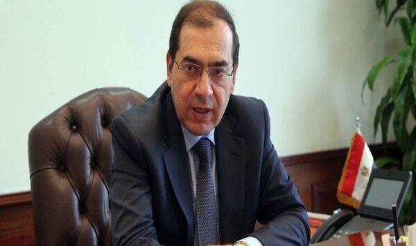 وزير البترول يعتمد زيادة مكافأة نهاية الخدمة للعاملين إلى 25 شهرا