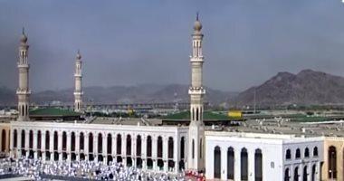 """ضيوف الرحمن يتوجهون لمسجد نمرة لأداء صلاتى """"الظهر والعصر"""" فى يوم عرفة"""