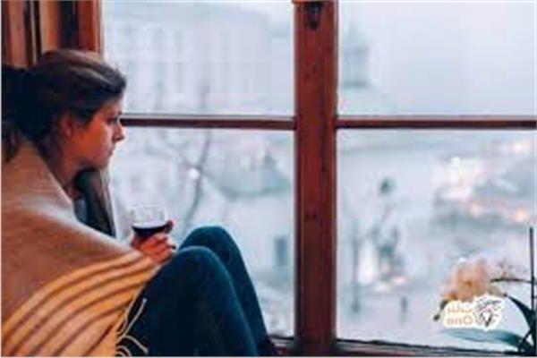 9 أعراض تدل على إصابتك باكتئاب الشتاء..تعرف عليها